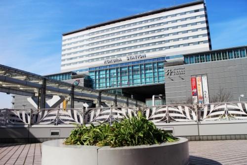 モノレールが乗り入れるJR小倉駅